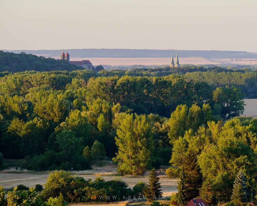 Blick von der Teufelsmauer nach Quedlinburg.